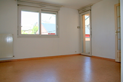 Appartement RODEZ - 2 pièce(s) - 36.46 m² - Balcon & parking privatif
