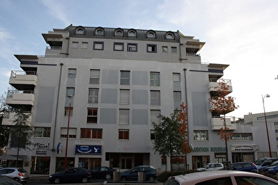 Appartement RODEZ - 2 pièce(s) - 35.86 m² - Parking privatif