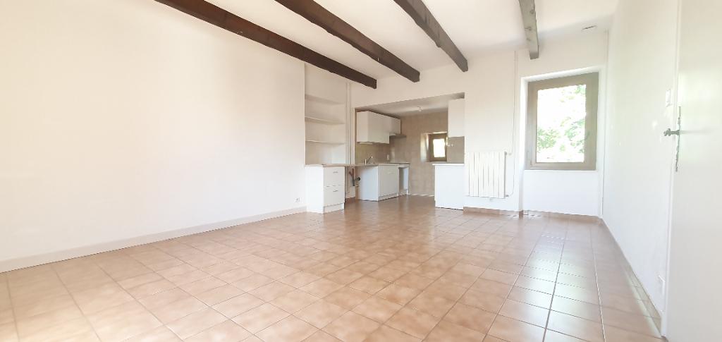 Appartement AGEN D'AVEYRON - 4 pièce(s) - 73.85 m2