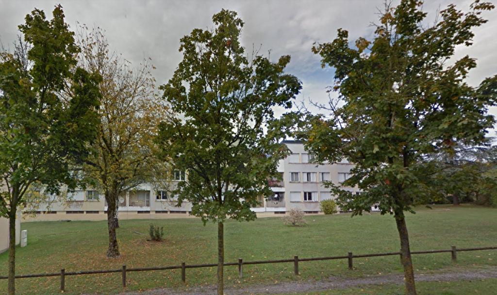 - A VENDRE - Appartement  4 pièces, proche centre ville - SEVERAC D'AVEYRON