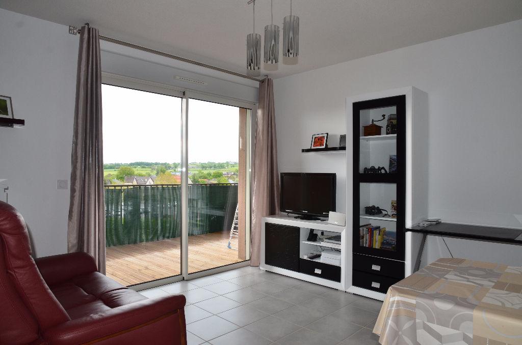 - VENDU - Appartement Rignac 2 pièce(s) 38 m2