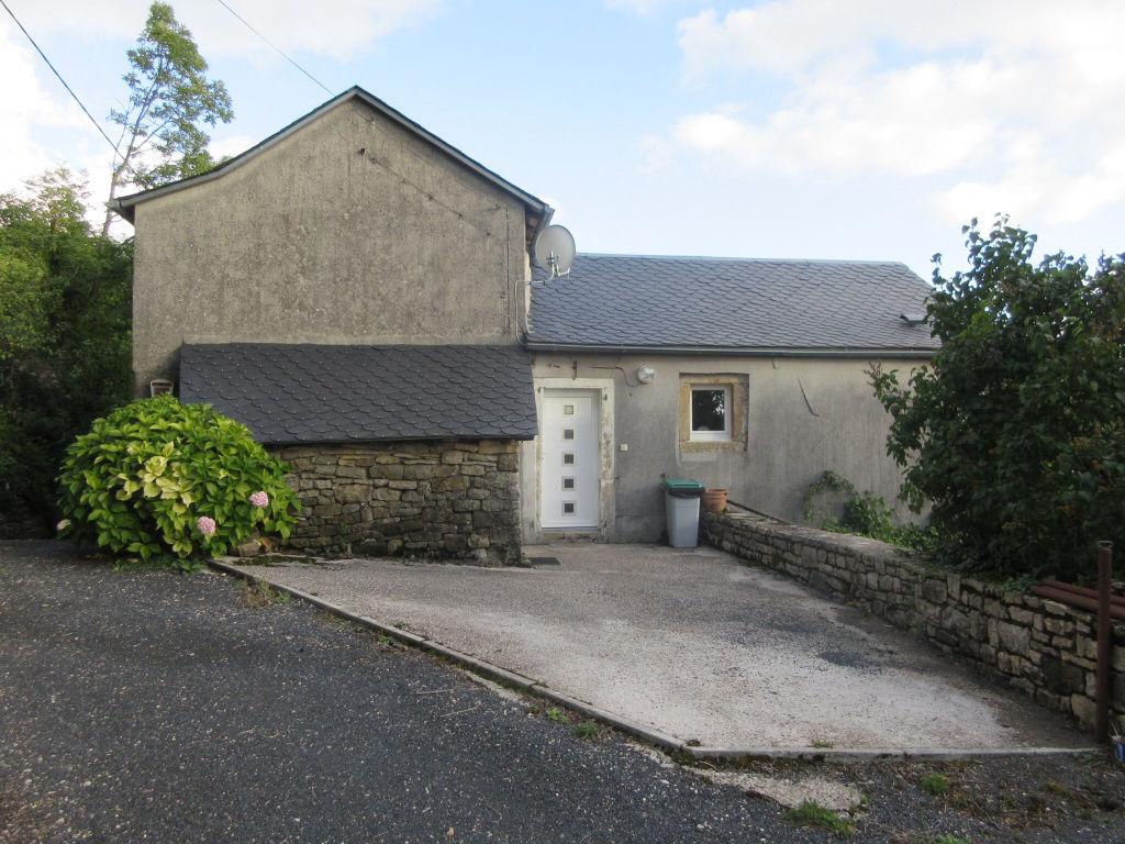 Latest la roque valzergues maison pieces with prix maison for Prix maison 120 m2 construction