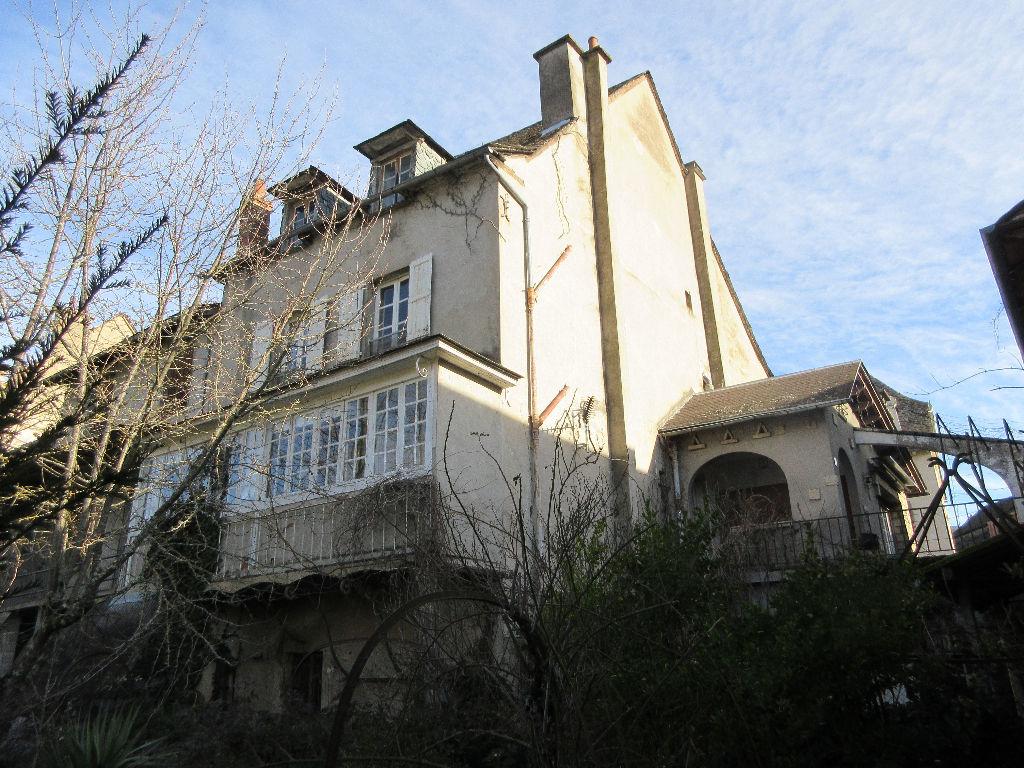 - VENDU - Maison  Saint Geniez D Olt Et D Aubrac