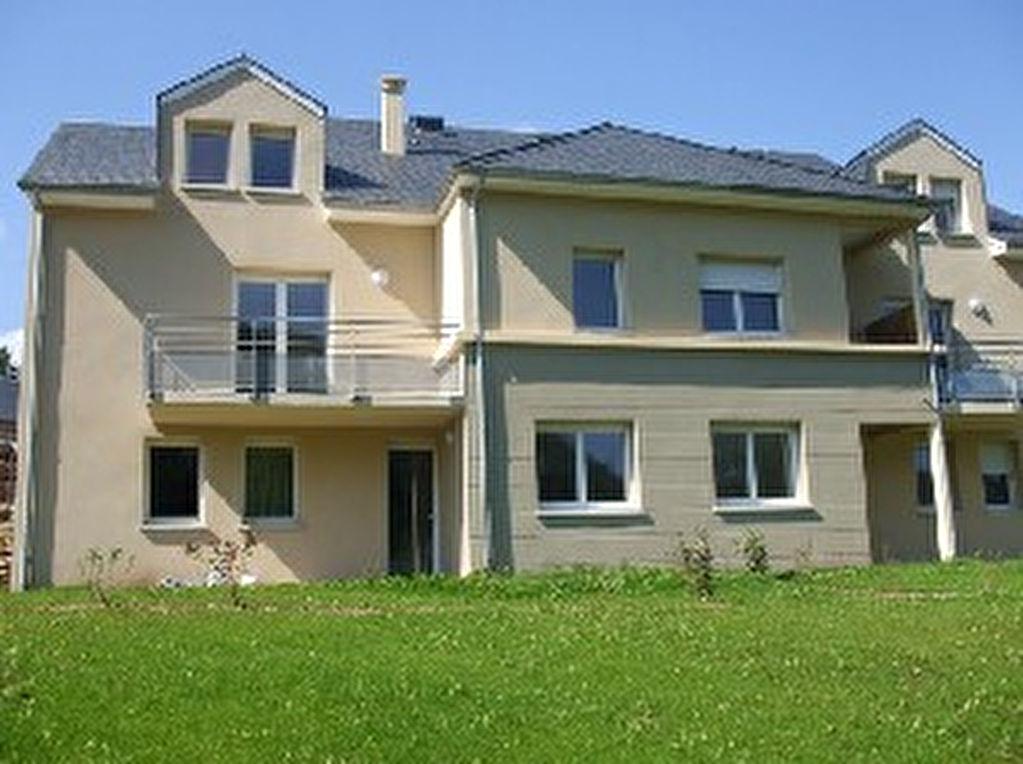 - A VENDRE - T3 duplex, balcon - ESPALION