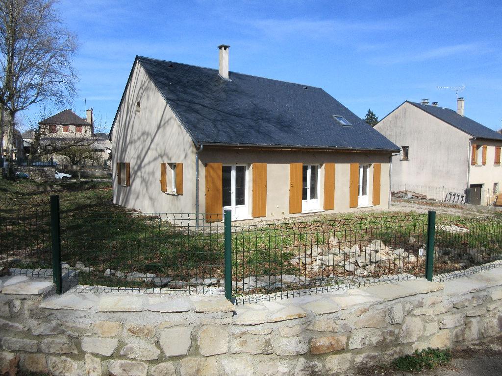 - A VENDRE - Maison récente 6 pièces - SAINT SATURNIN DE LENNE