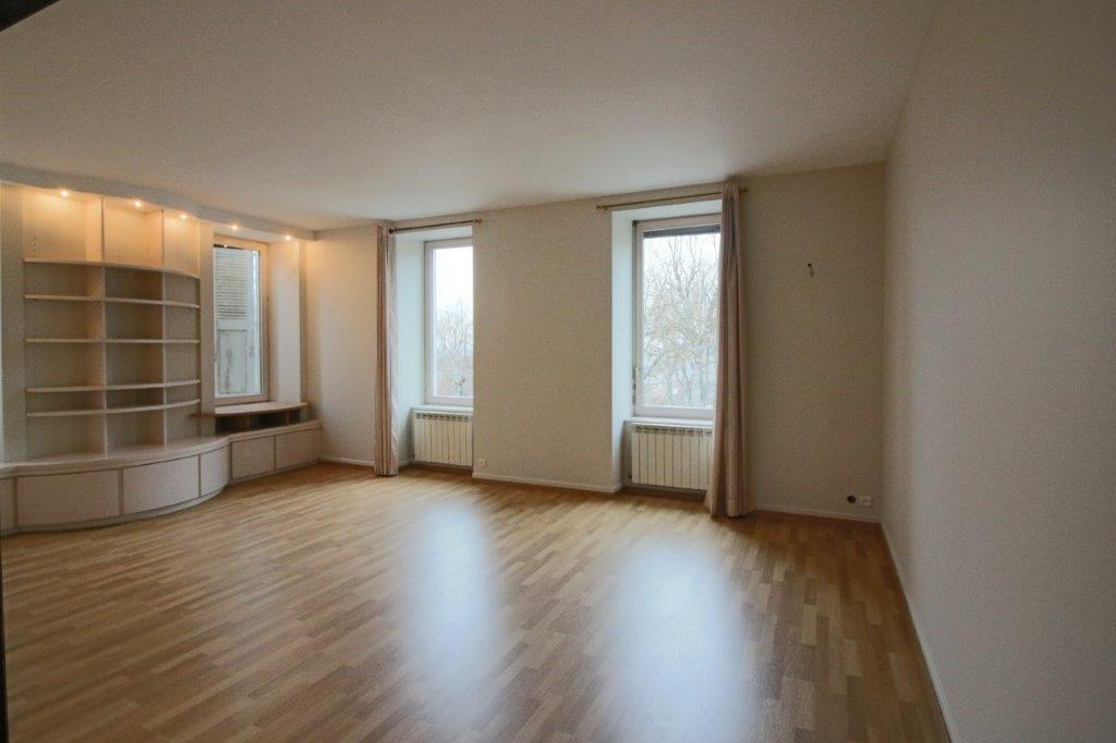 A VENDRE - Appartement 6 pièces -  RODEZ