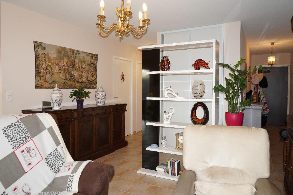 - VENDU - Appartement Rignac 3 pièces 70.96 m2
