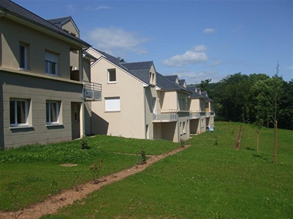- A VENDRE - Appartement T2 rez-de-jardin, 2 parkings - ESPALION