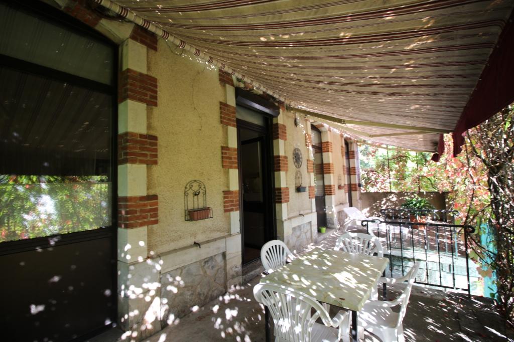 Ensemble Immobilier - Ancien Café / Hôtel / Restaurant