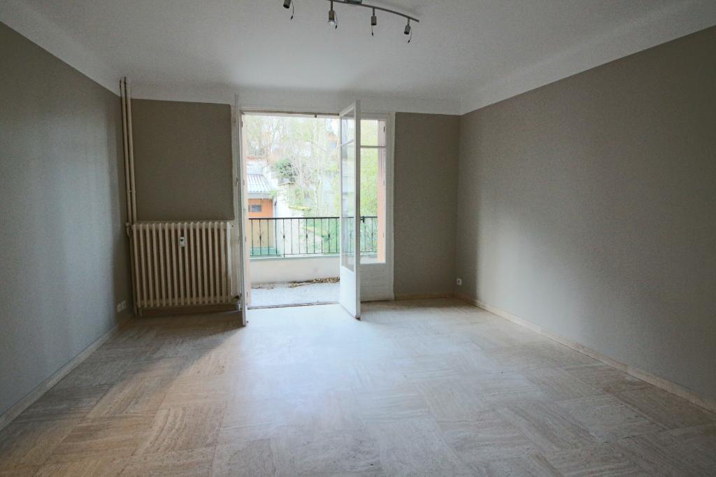 - A VENDRE - Appartement 2 pièces, cave - RODEZ