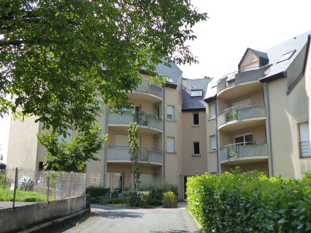 - SOUS OFFRE - Appartement 3 pièces, garage, cave - BARAQUEVILLE