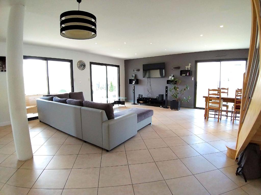 Maison Onet Le Chateau 4 pièce(s) 124 m2