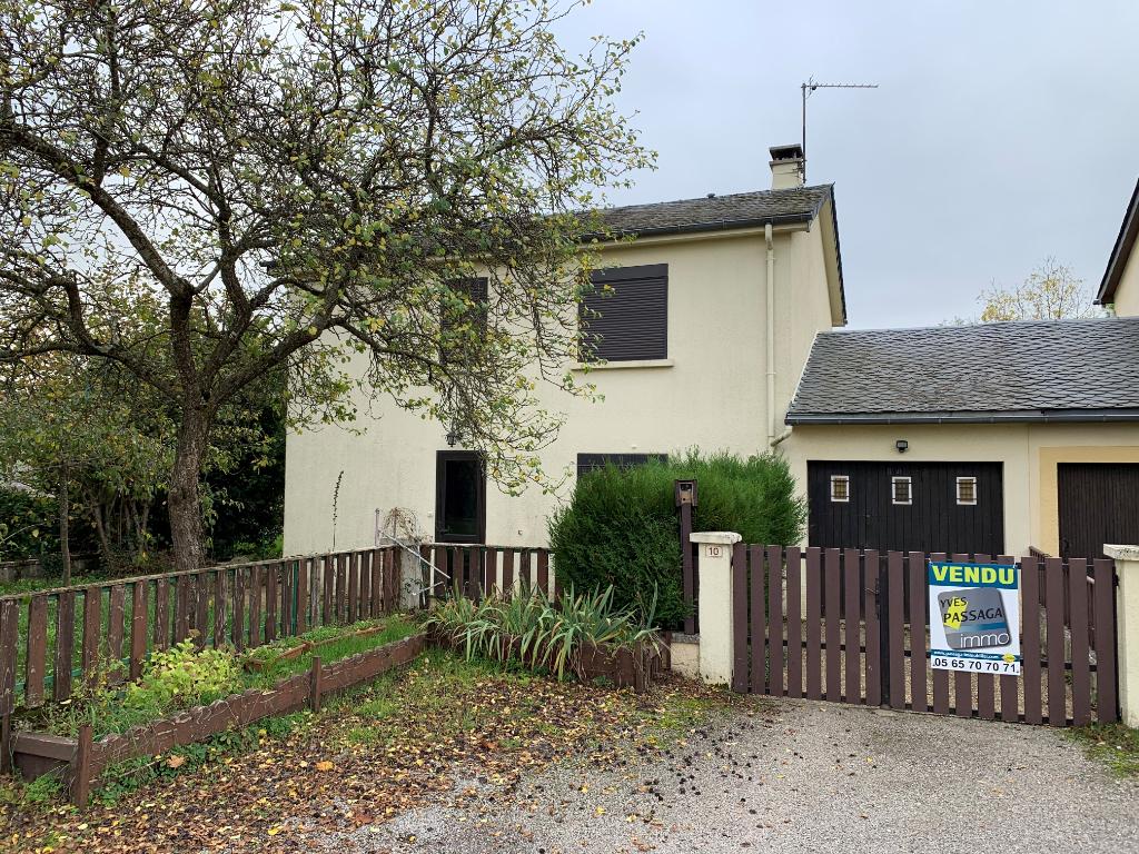 - A VENDRE - Maison 4 pièces, garage - SEVERAC D'AVEYRON