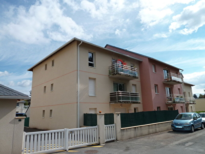 Appartement BOZOULS - 2 pièce(s) - 37.05 m² - Parking privatif