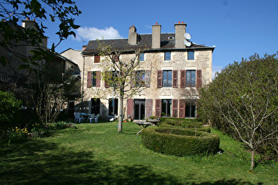 FOR SALE - 10 room house - Former Mansion - SEVERAC LE CHATEAU.