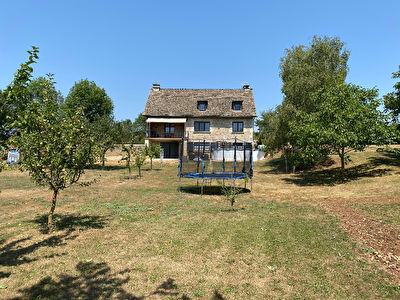 FOR SALE - Dwelling house and land - SEVERAC D'AVEYRON